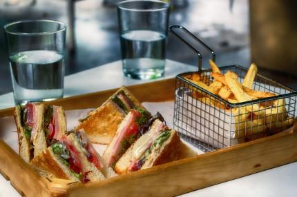 club-sandwich-3538455_1920